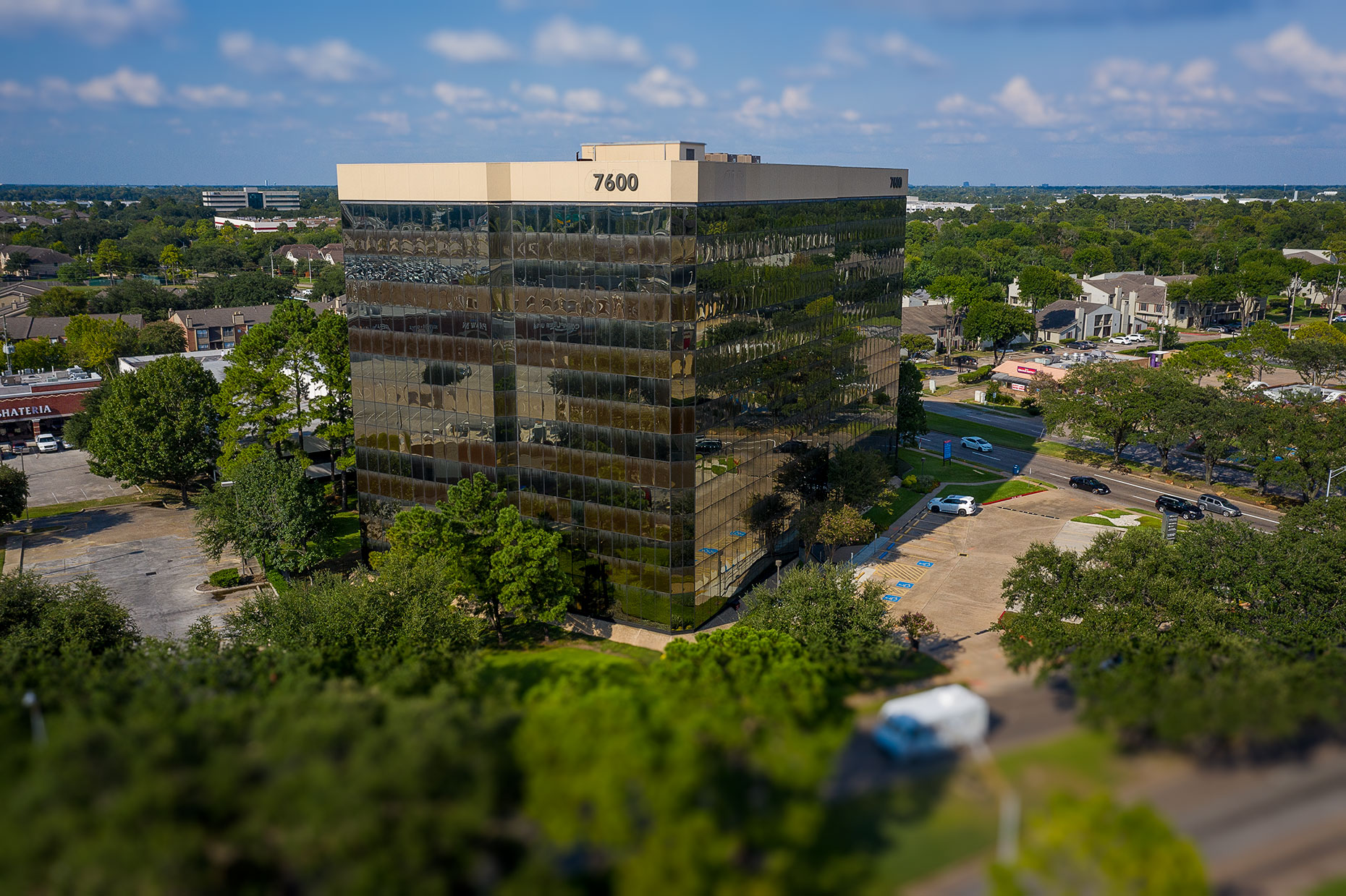 Aerial Photography of Office Building Complex at 7600 W Tidwell Rd Houston, TX, and immediate surroundings, streets and freeways